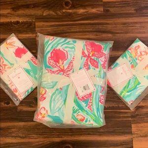 Lilly Pulitzer PBTeen Queen Duvet & 2 Pillow Cases